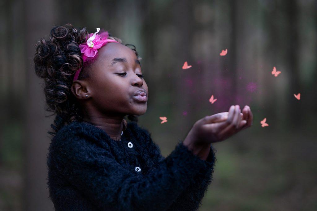Prinsessenshoot manon Moller Fotografie creatief vlinder prinses Hengelo Fotograaf Kinderfeestje Prinsessenfeestje