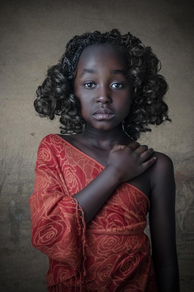 african, beauty, model, fotograaf hengelo, enschede, almelo, fotograaf twente, fine-art portret, portretfoto, kinderportret, manon moller fotografie, Portretfotograaf Overijssel.