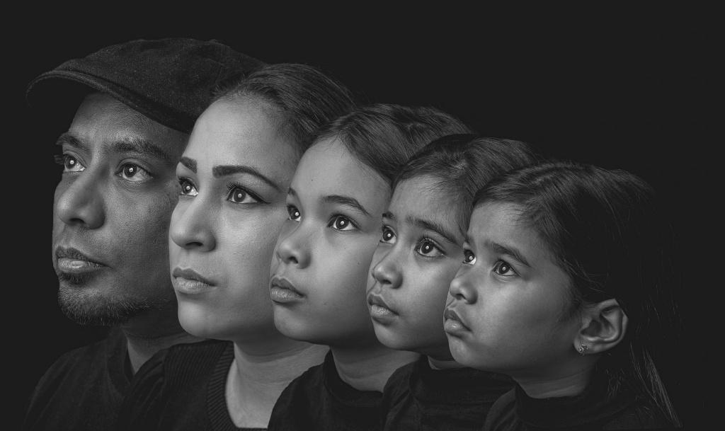Generatieportret, generatiefoto, generatie, generatie twente, generatie hengelo, gezichten, ouders, kind, foto hengelo, fotograaf hengelo, manon moller fotografie, beste fotograaf hengelo, mooiste foto.